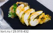 Купить «Turkey breast with caramelized onion», фото № 29919432, снято 18 июля 2019 г. (c) Яков Филимонов / Фотобанк Лори