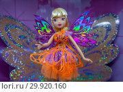 Купить «Кукла, экспонат Музея Winx в холле Центрального детского мира на Лубянке в городе Москве, Россия. Музей посвящен 15-летию анимационного сериала Winx Club», фото № 29920160, снято 10 февраля 2019 г. (c) Николай Винокуров / Фотобанк Лори