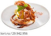 Купить «Fried tentacles squid with potatoes», фото № 29942956, снято 23 февраля 2019 г. (c) Яков Филимонов / Фотобанк Лори