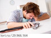 Купить «Young man in depression committing suicide», фото № 29966164, снято 25 сентября 2018 г. (c) Elnur / Фотобанк Лори