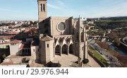 Купить «Collegiate Basilica of Santa Maria in Manresa, Spain», видеоролик № 29976944, снято 9 декабря 2018 г. (c) Яков Филимонов / Фотобанк Лори