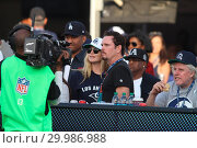 Купить «Celebrities watch the Los Angeles Rams defeat the New Orleans Saints by the final score of 26-2054-24 at the Los Angeles Memorial Coliseum Featuring: Kevin...», фото № 29986988, снято 26 ноября 2017 г. (c) age Fotostock / Фотобанк Лори