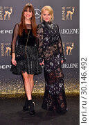 Birthe Wolter, Anna Maria Muehe at Bambi awards at Theater am Potsdamer... (2017 год). Редакционное фото, фотограф AEDT / WENN.com / age Fotostock / Фотобанк Лори