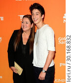 Купить «TrevorLIVE L.A. held at The Beverly Hilton Hotel in Beverly Hills, California. Featuring: Camryn Manheim, Milo Manheim Where: Los Angeles, California,...», фото № 30168832, снято 3 декабря 2017 г. (c) age Fotostock / Фотобанк Лори