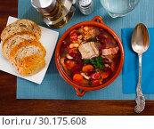 Купить «Rich soup with pork and beans», фото № 30175608, снято 21 марта 2019 г. (c) Яков Филимонов / Фотобанк Лори