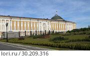 Купить «Inside of Moscow Kremlin, Russia (day)», видеоролик № 30209316, снято 26 февраля 2019 г. (c) Владимир Журавлев / Фотобанк Лори