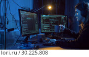 Купить «hacker creating computer virus for cyber attack», видеоролик № 30225808, снято 27 февраля 2019 г. (c) Syda Productions / Фотобанк Лори