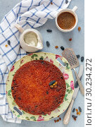 Traditional noodle Kugel and coffee for breakfast. Стоковое фото, фотограф Марина Сапрунова / Фотобанк Лори
