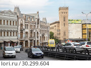 Купить «View of Tbilisi, thoroughfare Pushkin street with heavy traffic», фото № 30299604, снято 22 сентября 2018 г. (c) Юлия Бабкина / Фотобанк Лори