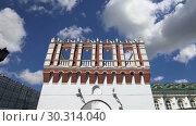 Купить «Kutafya Tower against the sky. Inside of Moscow Kremlin, Russia (day)», видеоролик № 30314040, снято 15 марта 2019 г. (c) Владимир Журавлев / Фотобанк Лори