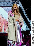 Купить «Rita Ora at Victorious Festival, Southsea, Portsmouth, Hants Featuring: Rita Ora Where: Southsea, Hampshire, United Kingdom When: 26 Aug 2017 Credit: WENN.com», фото № 30355236, снято 26 августа 2017 г. (c) age Fotostock / Фотобанк Лори