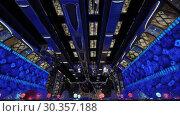 Купить «Timelapse of elevators in trade centre or cruise ship», видеоролик № 30357188, снято 25 марта 2019 г. (c) Данил Руденко / Фотобанк Лори