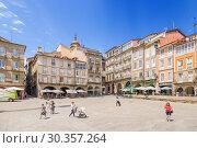Купить «Оренсе, Испания. Пласа Майор», фото № 30357264, снято 13 июня 2017 г. (c) Rokhin Valery / Фотобанк Лори