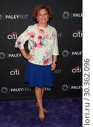 Купить «PaleyFest Fall TV Previews 2017 - 'Comedy Get Down' - Arrivals Featuring: Valorie Hubbard Where: Los Angeles, California, United States When: 15 Sep 2017 Credit: Guillermo Proano/WENN.com», фото № 30362096, снято 15 сентября 2017 г. (c) age Fotostock / Фотобанк Лори