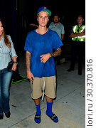 Купить «Justin Bieber leaves Church service in Givenchy sandals Featuring: Justin Bieber Where: Beverly Hills, California, United States When: 14 Sep 2017 Credit: WENN.com», фото № 30370816, снято 14 сентября 2017 г. (c) age Fotostock / Фотобанк Лори