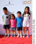Купить «Premiere Of The Weinstein Company's 'Leap!' Featuring: The Cheng Kids Where: Los Angeles, California, United States When: 19 Aug 2017 Credit: FayesVision/WENN.com», фото № 30372720, снято 19 августа 2017 г. (c) age Fotostock / Фотобанк Лори