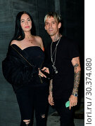 Купить «Aaron Carter Out For Dinner At Nobu With New Girlfriend Porcelain Black. Featuring: Aaron Carter, Porcelain Black Where: West Hollywood, California, United States When: 18 Aug 2017 Credit: WENN.com», фото № 30374080, снято 18 августа 2017 г. (c) age Fotostock / Фотобанк Лори