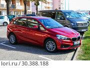 Купить «BMW 2-series Active Tourer», фото № 30388188, снято 9 марта 2019 г. (c) Art Konovalov / Фотобанк Лори