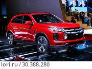 Купить «Mitsubishi ASX», фото № 30388280, снято 10 марта 2019 г. (c) Art Konovalov / Фотобанк Лори