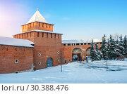 Купить «Ивановская башня Нижегородского Кремля», фото № 30388476, снято 6 января 2019 г. (c) Baturina Yuliya / Фотобанк Лори