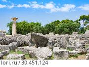Купить «Building remains at ancient Olimpia archaeological site in Greece», фото № 30451124, снято 13 июня 2014 г. (c) Papoyan Irina / Фотобанк Лори