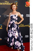 Premiere of 'Descendants 2' at the Cinerama Dome at ArcLight (2017 год). Редакционное фото, фотограф Nicky Nelson / WENN.com / age Fotostock / Фотобанк Лори