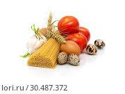 Купить «Tomatoes, garlic, spaghetti and egg on a white background», фото № 30487372, снято 29 июня 2013 г. (c) Ласточкин Евгений / Фотобанк Лори