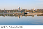 Купить «Александро-Невская лавра. Санкт-Петербург», фото № 30523188, снято 7 апреля 2019 г. (c) Сергей Афанасьев / Фотобанк Лори