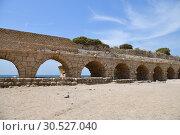 Купить «Roman aqueducts Caesarea Maritima Israel», фото № 30527040, снято 4 апреля 2019 г. (c) Знаменский Олег / Фотобанк Лори