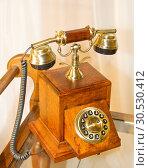 Купить «Retro wooden telephone», фото № 30530412, снято 22 апреля 2010 г. (c) Tryapitsyn Sergiy / Фотобанк Лори