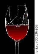 Купить «Broken glass of red wine», фото № 30536956, снято 20 апреля 2011 г. (c) Tryapitsyn Sergiy / Фотобанк Лори