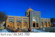 Exterior view to Baha-ud-din Naqshband Bokhari Memorial Complex near, Bukhara, Uzbekistan (2012 год). Стоковое фото, фотограф Сергей Майоров / Фотобанк Лори