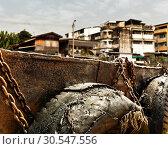Slum near dock (2013 год). Стоковое фото, фотограф Tryapitsyn Sergiy / Фотобанк Лори