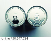 Купить «Aluminum cans closeup picture», фото № 30547724, снято 7 февраля 2014 г. (c) Tryapitsyn Sergiy / Фотобанк Лори