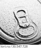Купить «Aluminum can with water drops», фото № 30547728, снято 7 февраля 2014 г. (c) Tryapitsyn Sergiy / Фотобанк Лори