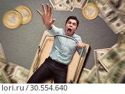 Man in a mouse trap falling. Стоковое фото, фотограф Tryapitsyn Sergiy / Фотобанк Лори