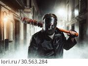 Купить «Maniac waiting for his victim on night city», фото № 30563284, снято 7 ноября 2016 г. (c) Tryapitsyn Sergiy / Фотобанк Лори