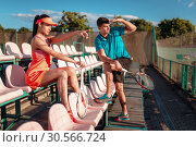Woman and her trainer on tennis competition. Стоковое фото, фотограф Tryapitsyn Sergiy / Фотобанк Лори