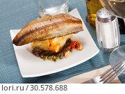 Купить «Mackerel fillet with mashed potatoes and spices», фото № 30578688, снято 19 июля 2019 г. (c) Яков Филимонов / Фотобанк Лори