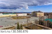 Купить «Аэро снимок старейшей площади Петрозаводска с музыкальным драматическим театром в солнечный весенний выходной день», фото № 30580876, снято 14 апреля 2019 г. (c) Sergei Gorin / Фотобанк Лори