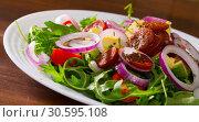 Купить «Arugula salad with fried chorizo sausage, avocado», фото № 30595108, снято 23 июля 2019 г. (c) Яков Филимонов / Фотобанк Лори