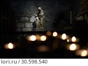 Купить «Notre Dame de Paris. Inside the Cathedral», фото № 30598540, снято 16 апреля 2019 г. (c) age Fotostock / Фотобанк Лори