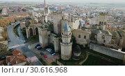 Купить «Towers of castle Palacio Real de Olite. Spain», видеоролик № 30616968, снято 20 декабря 2018 г. (c) Яков Филимонов / Фотобанк Лори