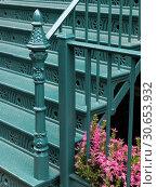 Купить «Low angle view of staircase, Lower Manhattan, New York City, New York State, USA», фото № 30653932, снято 13 декабря 2019 г. (c) Ingram Publishing / Фотобанк Лори