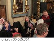Купить «Москва, Пасхальная литургия в Новодевичьем монастыре», эксклюзивное фото № 30665364, снято 28 апреля 2019 г. (c) Дмитрий Неумоин / Фотобанк Лори