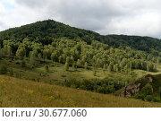 Купить «Горный пейзаж в окрестностях посёлка Генералка Алтайского края», фото № 30677060, снято 4 сентября 2018 г. (c) Free Wind / Фотобанк Лори