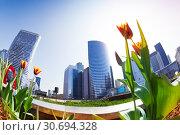 La Defense business district of Paris in spring. Стоковое фото, фотограф Сергей Новиков / Фотобанк Лори
