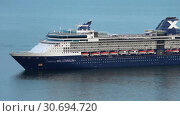 Купить «Круизный лайнер Celebrity Millennium. Zoom in», видеоролик № 30694720, снято 2 мая 2019 г. (c) А. А. Пирагис / Фотобанк Лори