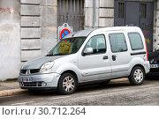 Купить «Renault Kangoo», фото № 30712264, снято 14 марта 2019 г. (c) Art Konovalov / Фотобанк Лори