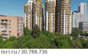 Купить «Khimki, Russia - May 18.2019. View of the beautiful urban architecture», видеоролик № 30788736, снято 17 июня 2019 г. (c) Володина Ольга / Фотобанк Лори